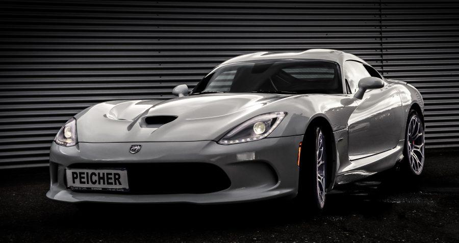 Peicher US-Cars Dodge Viper SRT GTS Coupe, weiß, Ansicht vorne 2