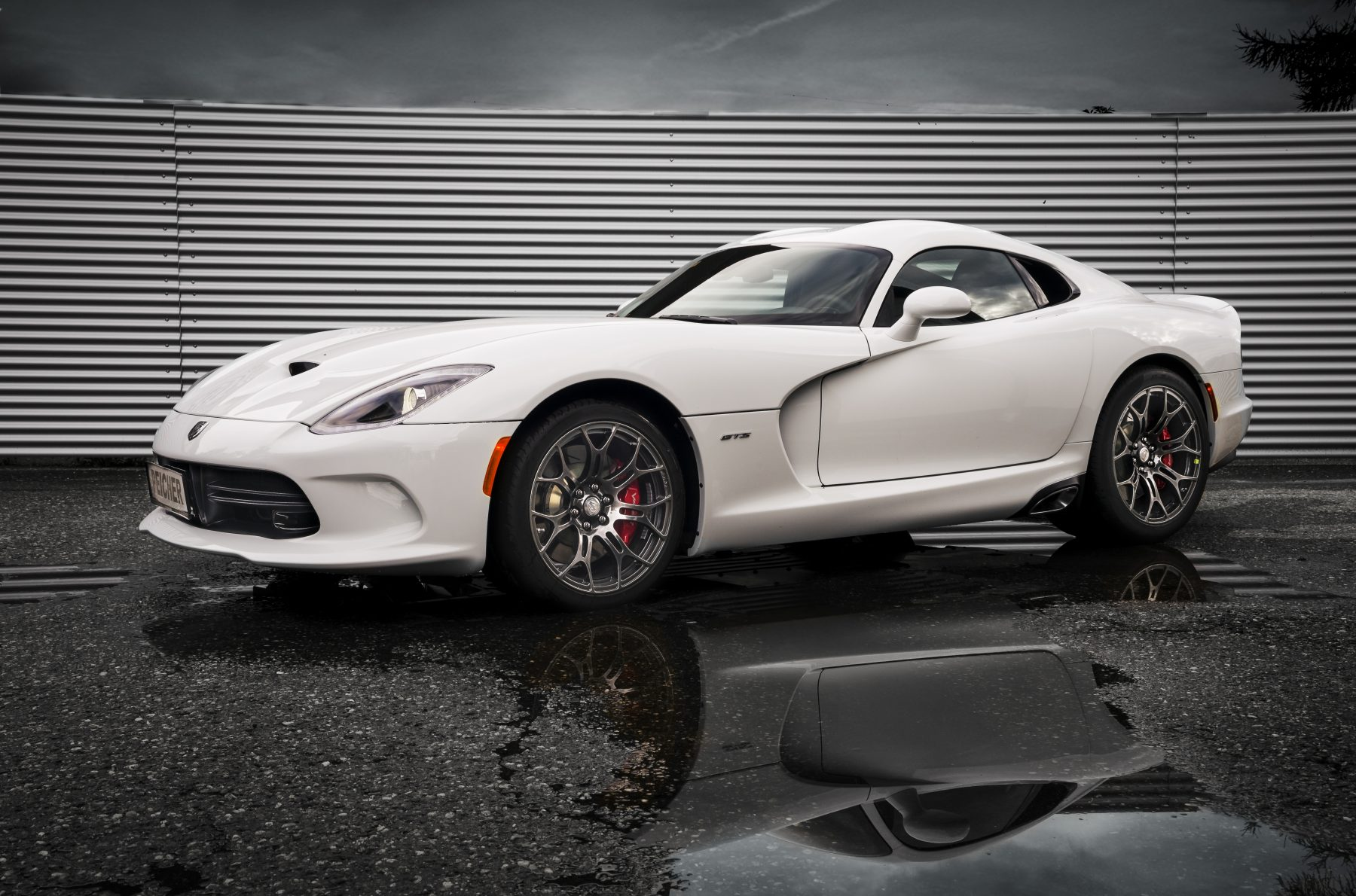 Peicher US-Cars Dodge Viper SRT GTS Coupe, weiß, Ansicht links vorne